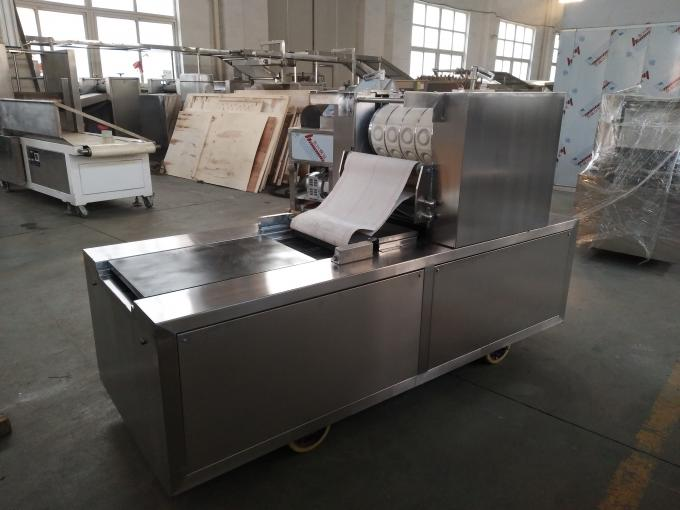 Simple Structure Bakery Biscuit Machine 100-200 Kg/H Production Capacity