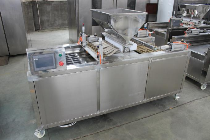 Single Head Bakery Cake Machine For Forming 200kg/h Production Capacity